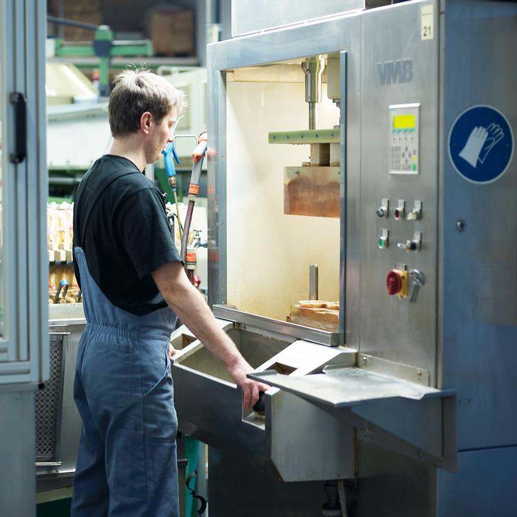 Indviduelle Fertigung – Eisenhardt Metallteile GmbH